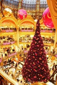 árbol de navidad en los grandes almacenes Lafayette